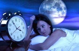 904109-volle-maan-en-de-invloed-op-onze-slaap